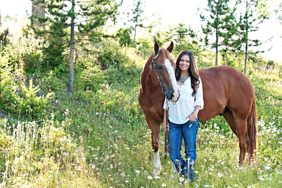 Robyn-Louise-Photography-Beauty-and-Beloved-Horse-Seniors-Grad-Photography015