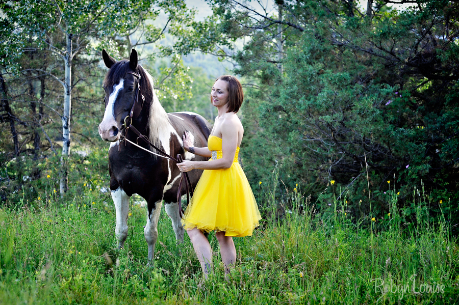 Robyn-Louise-Photography-Beauty-and-Beloved-Horse-Seniors-Grad-Photography018