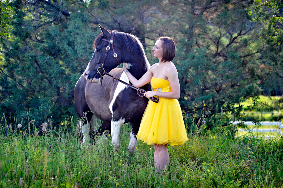 Robyn-Louise-Photography-Beauty-and-Beloved-Horse-Seniors-Grad-Photography022