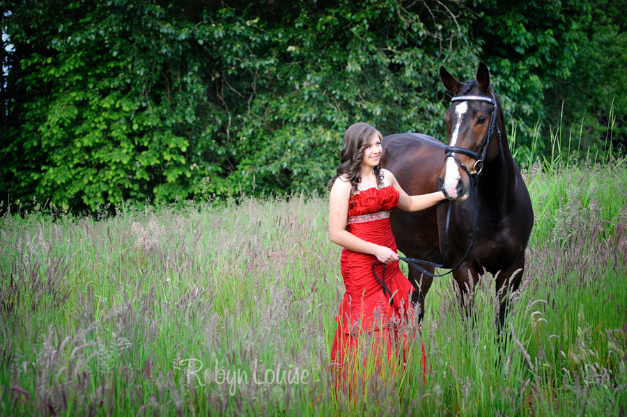 Robyn-Louise-Photography-Beauty-and-Beloved-Horse-Grad-Seniors-Photography015